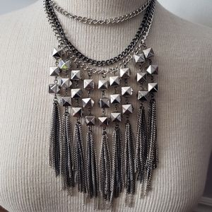 Gorgeous triple chain chunky necklace set